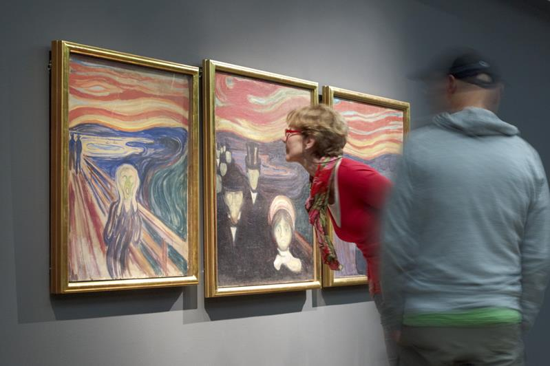 Oslo, walking amongst Vikings, Munch and Warhol